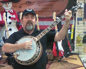 the-newest-banjotom2-pic-with-banjo-2016